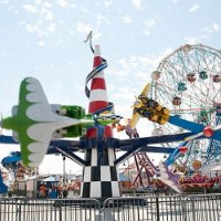 luna-park-amusement-park-brooklyn-new-york