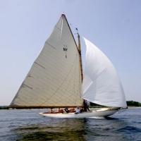 oyster-bay-marina-on-long-island-new-york