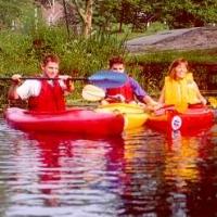 peconic-paddler-canoeing-long-island