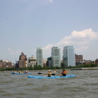 the-downtown-boathouse-nyc-kayaking