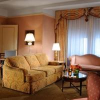 hotel-elysee-nyc-hotel