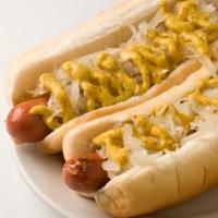 katzs-delicatessen-hot-dogs-in-nyc