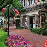 Peddlers Village Day Trips in PA