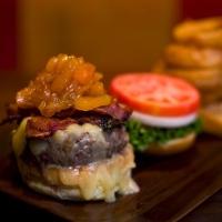 rare-bar-and-grill-burgers-nyc
