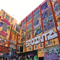 5-pointz-aerosol-art-center-free-attractions-in-ny