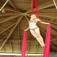 riot-hooping-and-aerial-dance-corporate-entertainers-in-ny