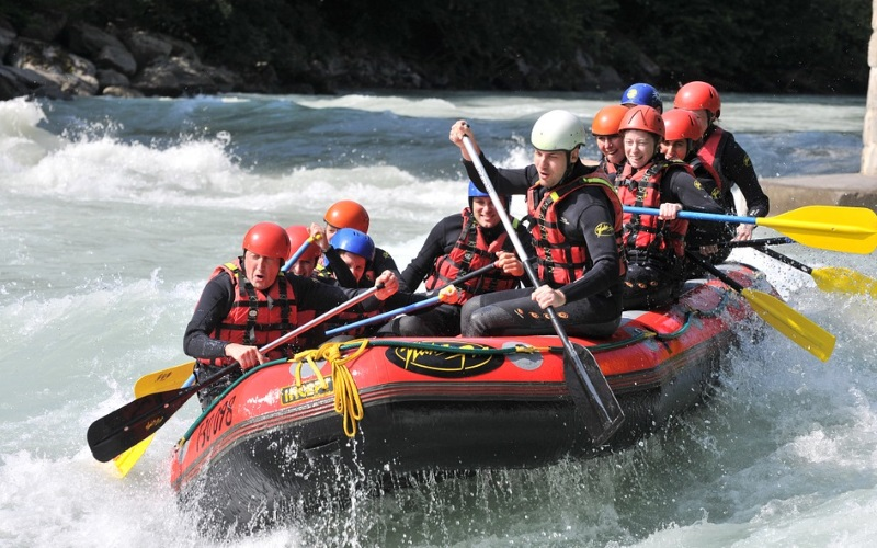 white water rafting new york